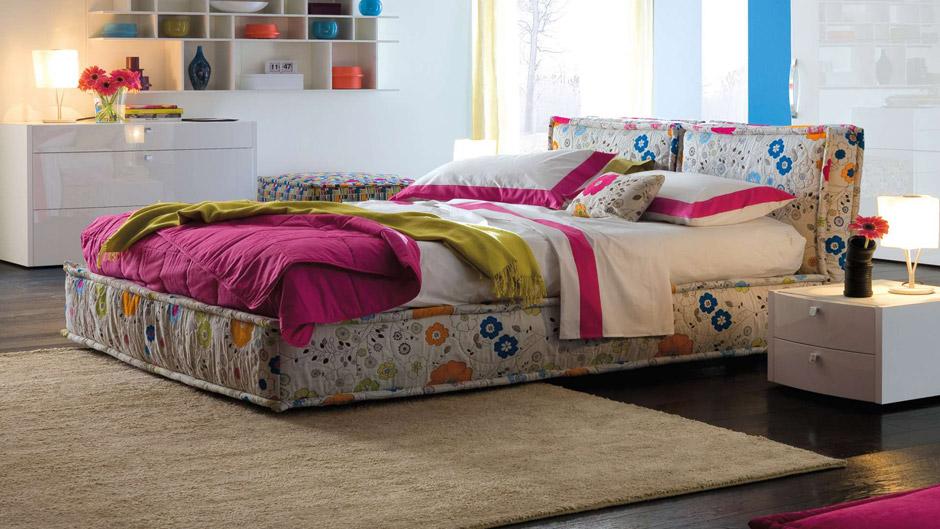 arredamento completo chateau d ax il letto imbottito nella camera da letto chateau d ax